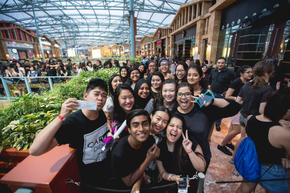 Bastille Live in Singapore 2015