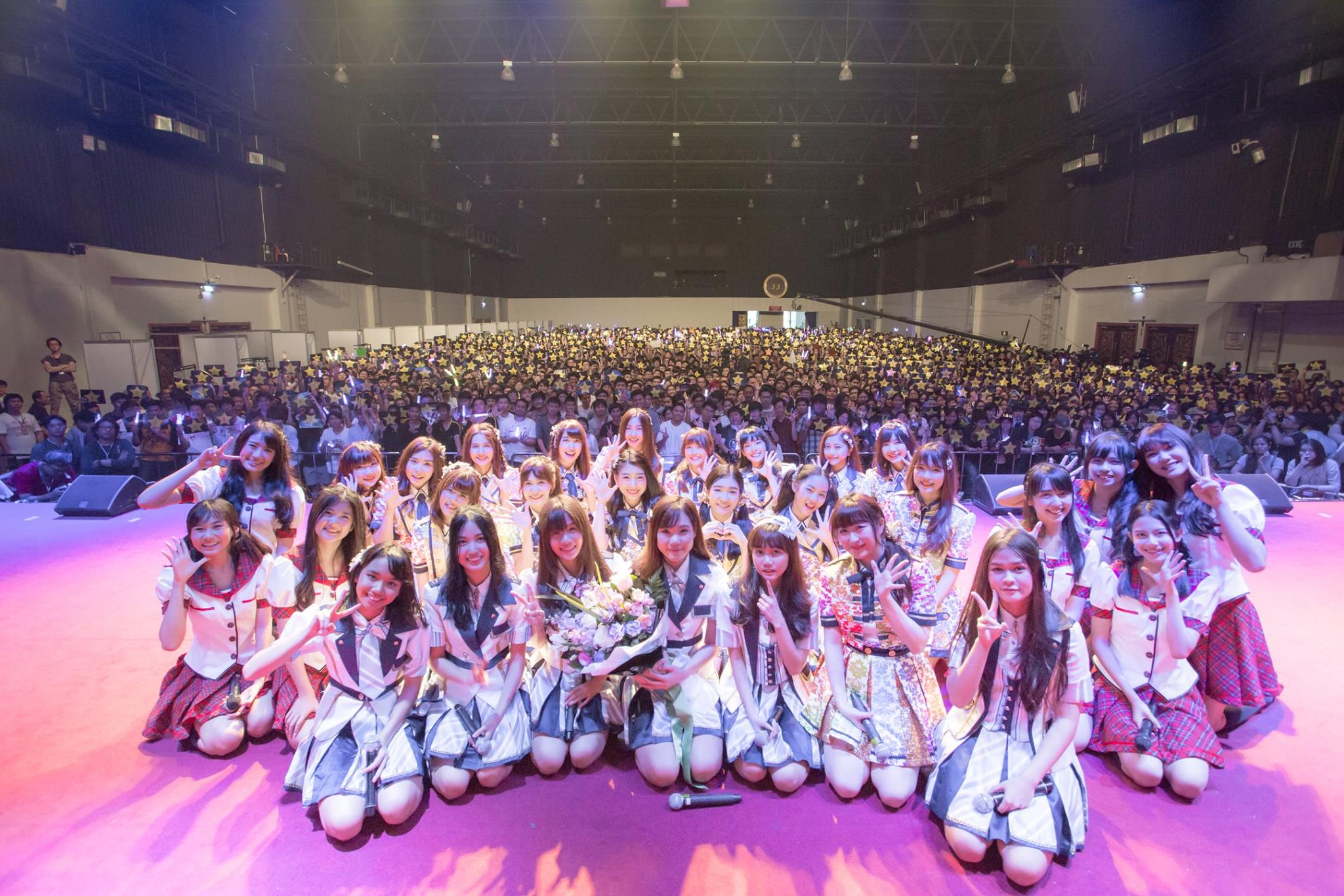 BNK48 Mini Concert from BNK48 Mini Live and Handshake @ JJ Mall