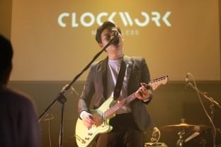 Clockwork Motionless