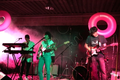 Fwends Live At Nineteens up