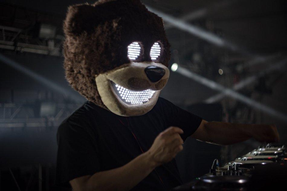 Bear Grilllz